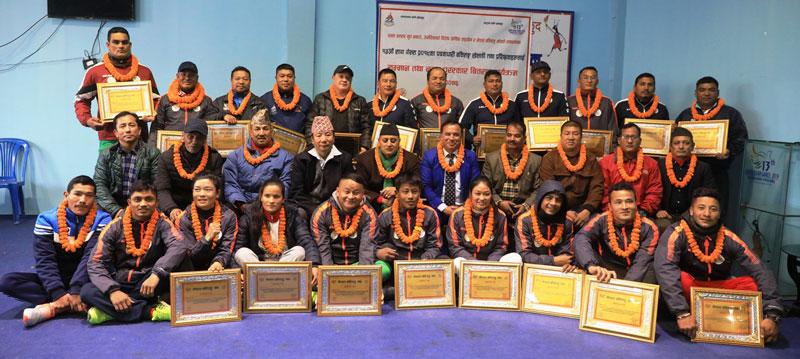 साग पदक विजेता बक्सर सम्मानित