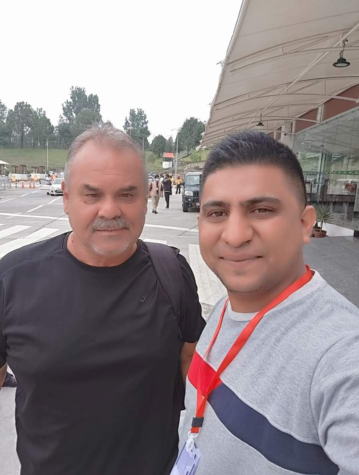 नेपाली क्रिकेट प्रशिक्षक डेभ ह्वाटमोर नेपाल आइपुगे