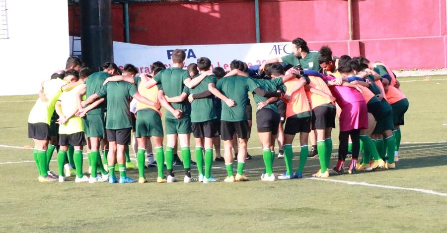 मैत्रीपुर्ण खेल र फिफा विश्वकप छनाैटका लागि नेपाली टिम आजराति जाँदै