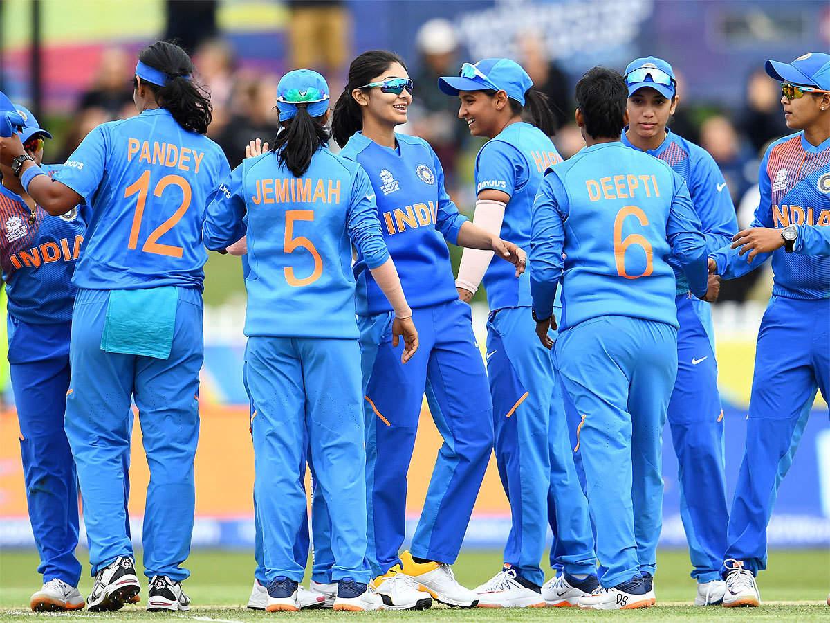 केन्द्रीय अनुबन्धमा रहने भारतीय महिला क्रिकेटरको संख्या घट्यो