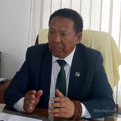 'नेपाली फुटबल बिगार्न केही व्यक्ति लागि परेका छन्'-एन्फा अध्यक्ष शेर्पा