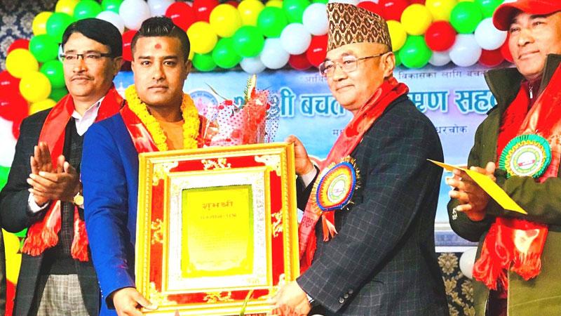 पदक विजेता मन्डे सम्मानित