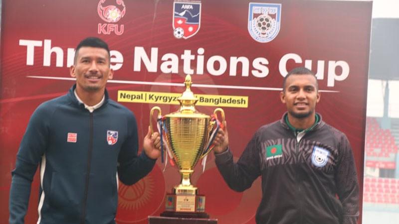 त्रिदेशीय फुटबलकाे उपाधिका लागि नेपाल र बंगलादेश आज खेल्दै