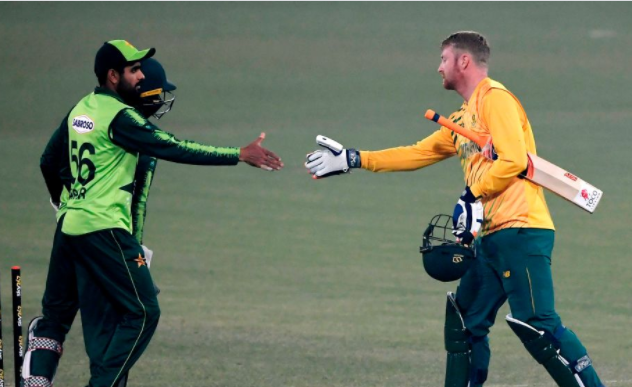 दक्षिण अफ्रिकाविरुद्धकाे टी-२० सिरिज पाकिस्तानकाे पाेल्टामा