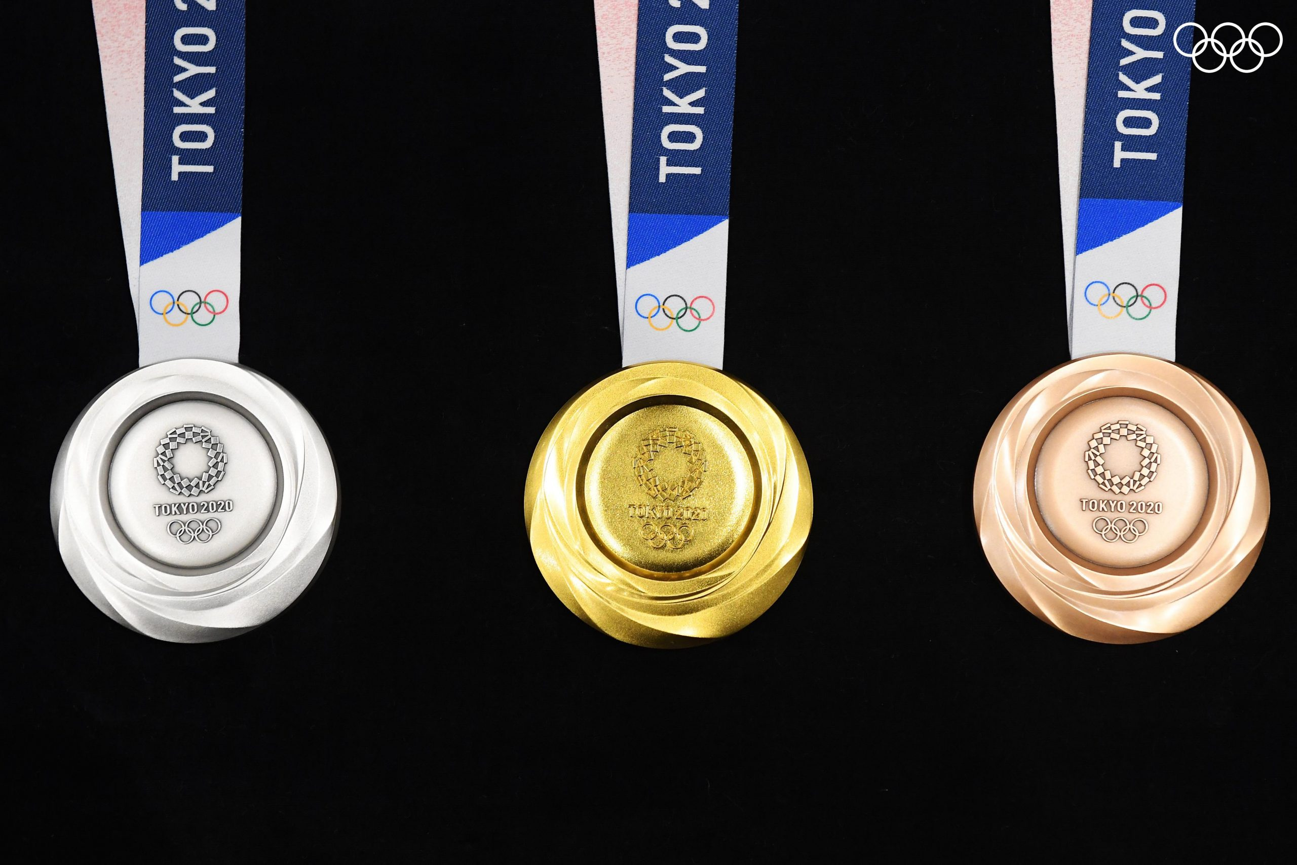टोकियो ओलम्पिकमा प्रदान गर्ने मेडल सार्वजनिक