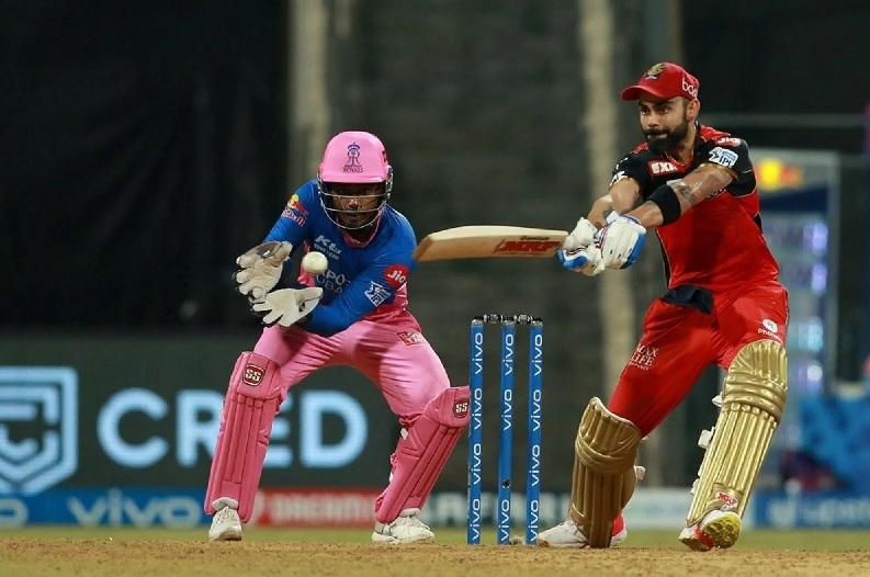 राजस्थानविरुद्ध बैंग्लोर १० विकेटले विजयी, पडिकलले बनाए शतक