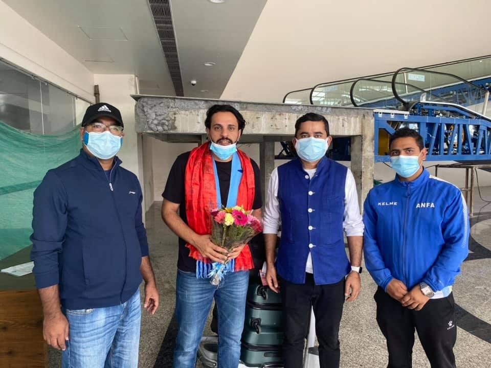 नेपाल फर्किए फुटबल प्रशिक्षक अल्मुताइरी