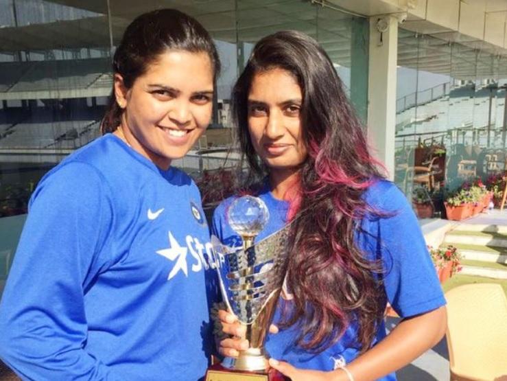 भारतीय महिला क्रिकेटर बेदाकाे काेभिडका कारण दिदीकाे निधन