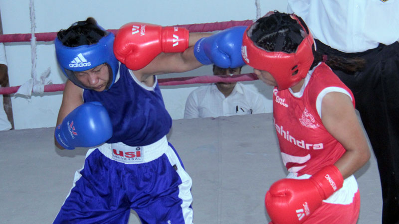 विश्व महिला बक्सिङ् प्रतियोगिता खेल्नका लागि मिनु र विमला भिड्ने