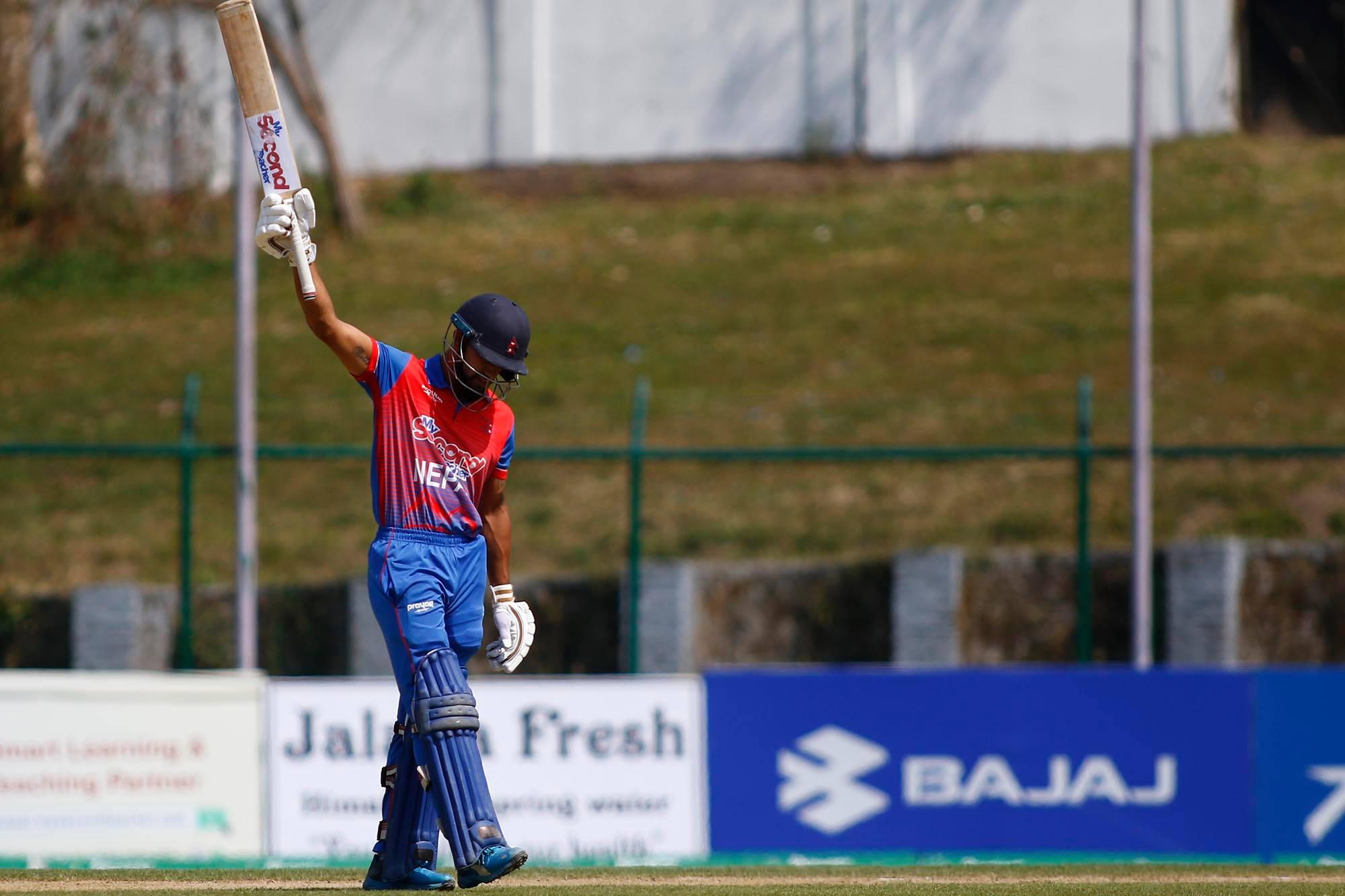 टी-२० मा धेरै रन बनाउने खेलाडीमा कुशल भुर्तेलले कोहलीलाई पछाडी पारे