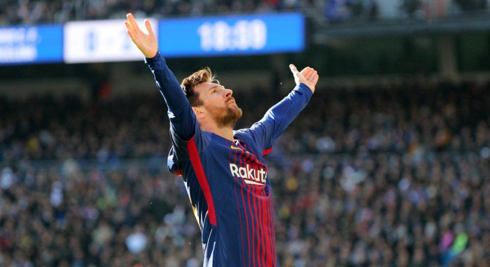 Argentina Captain Lionel Messi reaches new Five-Year Contract with FC Barcelona with Massive Pay-Cut