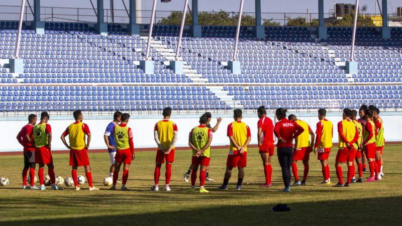 त्रिदेशीय फुटबलका लागि नेपाली टिमकाे घाेषणा, नवयुग बाहिर, विराज टिममा
