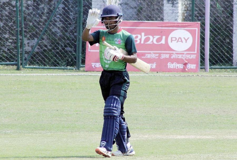 मेयर कप क्रिकेटः राेहितकाे अर्धशतकमा आर्मीले एपीएफलाई दुई सय ३६ रनको लक्ष्य