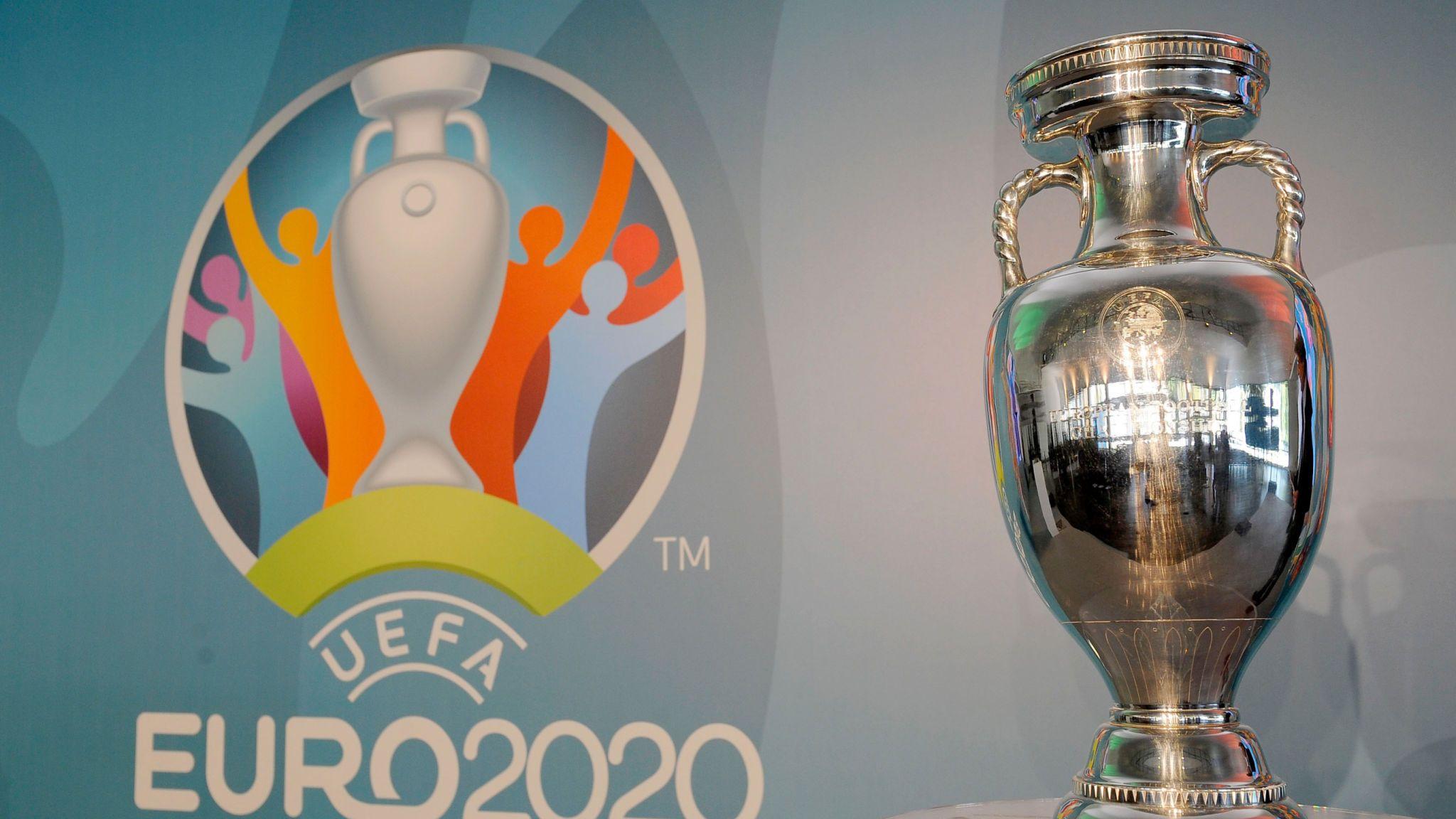 युरो २०२० को फाइनल पुग्न इंग्ल्याण्ड र डेनमार्क खेल्दै