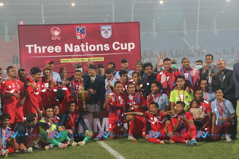 त्रिदेशीय कप फुटबल विजेता खेलाडीलाई सरकारले जनही ४ लाख रुपैयाँ दिने